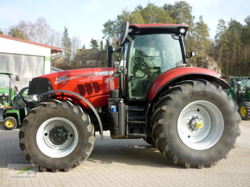 Traktor типа Case IH PUMA 240 CVX, Gebrauchtmaschine в 91257 Pegnitz-Bronn (Фотография 1)