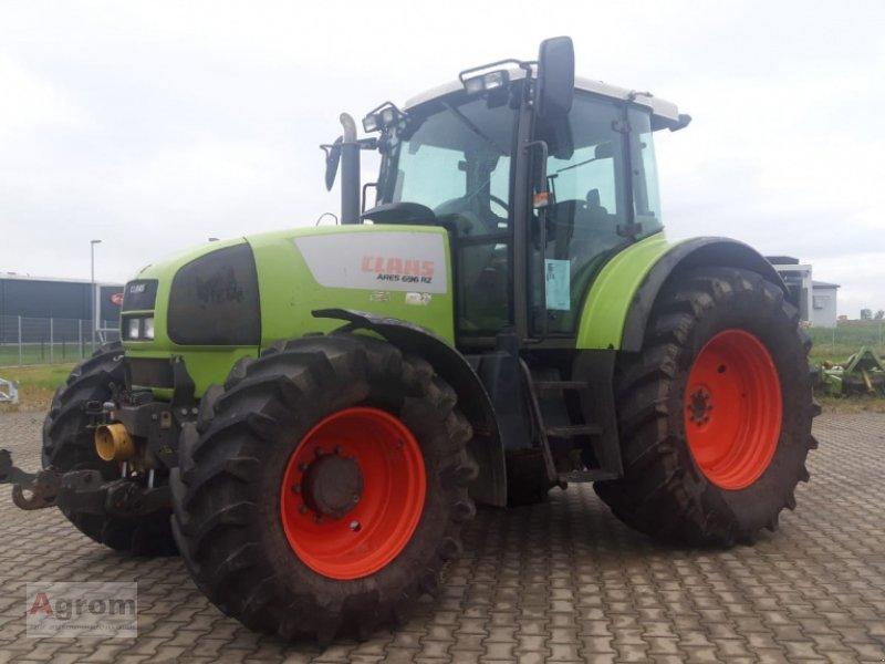 Traktor типа CLAAS Ares 696 RZ, Gebrauchtmaschine в Herbertingen (Фотография 1)