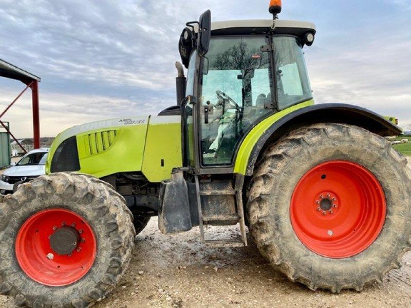 Traktor des Typs CLAAS ARES 697 ATZ, Gebrauchtmaschine in SAVIGNEUX (Bild 1)