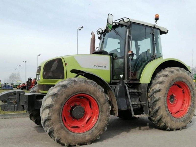 Traktor типа CLAAS ares 826, Gebrauchtmaschine в KAUNAS DISTRICT (Фотография 1)