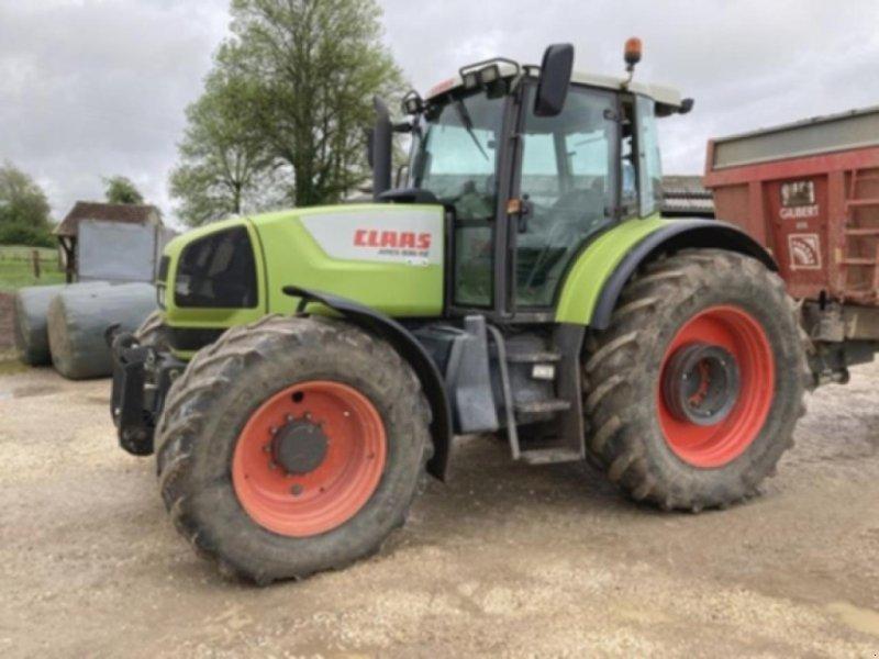 Traktor des Typs CLAAS ares 836 rz, Gebrauchtmaschine in ARC SUR TILLE (Bild 1)