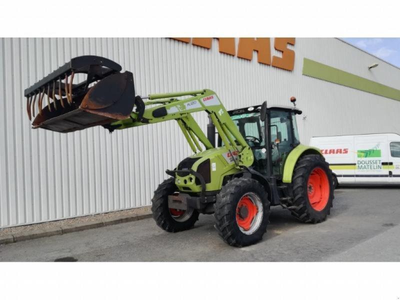 Traktor типа CLAAS ARION 410, Gebrauchtmaschine в NEUVILLE EN POITOU (Фотография 1)