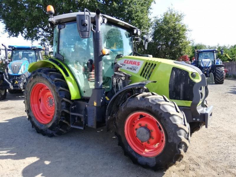 Traktor типа CLAAS ARION 420 CIS, Gebrauchtmaschine в NEUVILLE EN POITOU (Фотография 1)