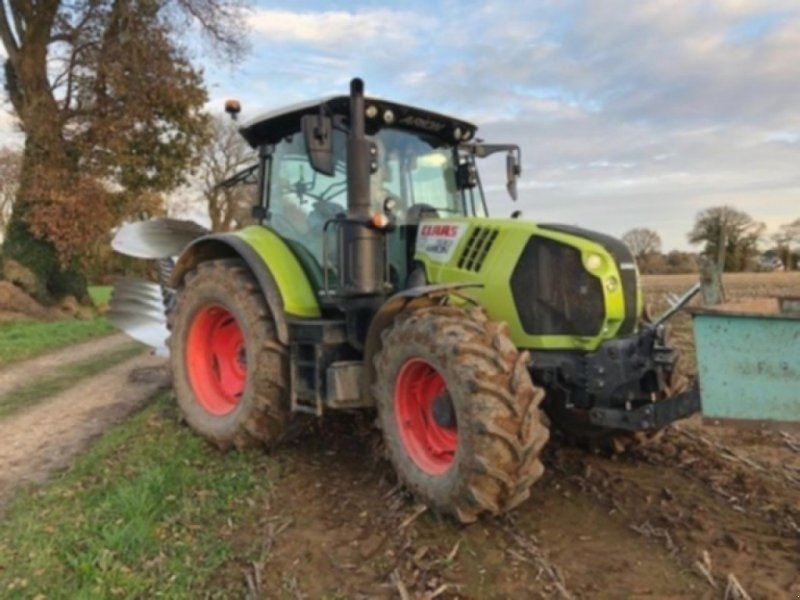 Traktor типа CLAAS ARION 530 St4 CMATIC, Gebrauchtmaschine в PONTIVY (Фотография 1)