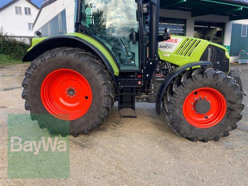 Traktor des Typs CLAAS Arion 530, Gebrauchtmaschine in Schwäbisch Gmünd - Herlikofen (Bild 2)