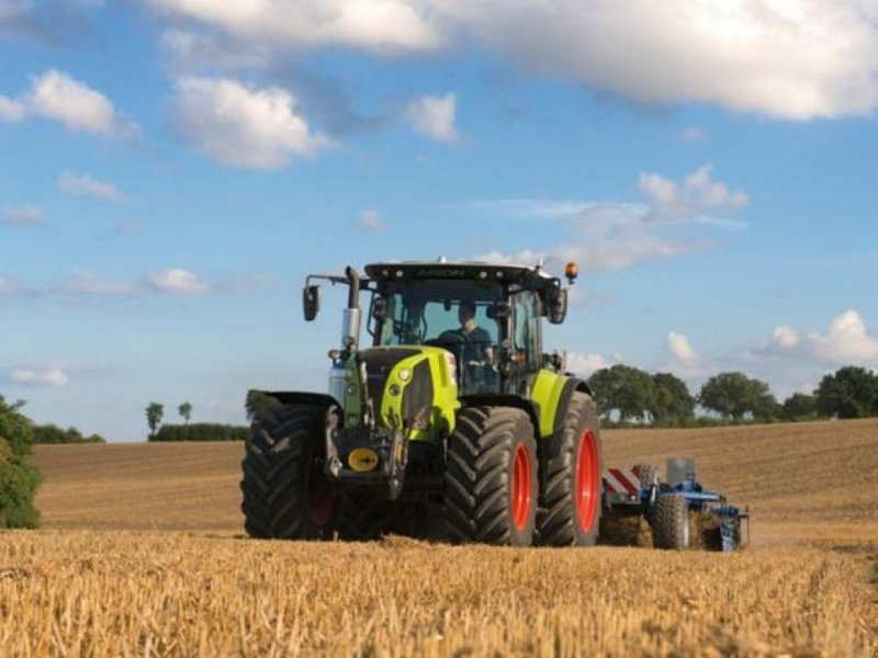 Traktor типа CLAAS ARION 550 C-matic CIS+, Gebrauchtmaschine в Vinderup (Фотография 1)