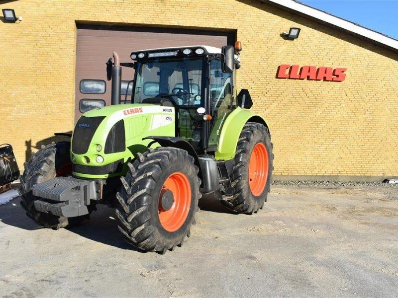 Traktor типа CLAAS Arion 620, Gebrauchtmaschine в Grindsted (Фотография 1)