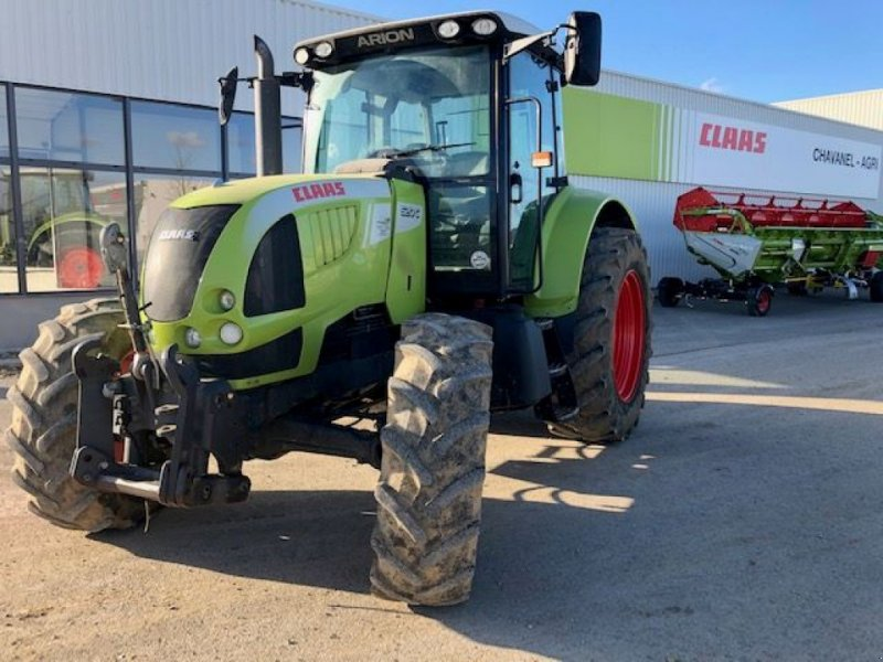 Traktor типа CLAAS ARION 620, Gebrauchtmaschine в LA COTE ST ANDRE (Фотография 1)