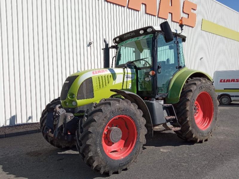 Traktor типа CLAAS ARION 630 CIS, Gebrauchtmaschine в NEUVILLE EN POITOU (Фотография 1)