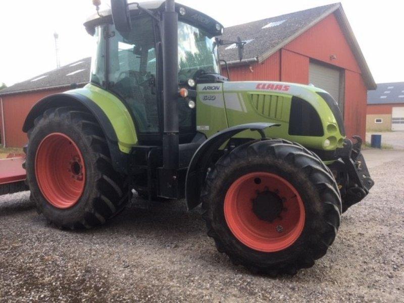 Traktor типа CLAAS ARION 640 CEBIS, Gebrauchtmaschine в Hinnerup (Фотография 1)