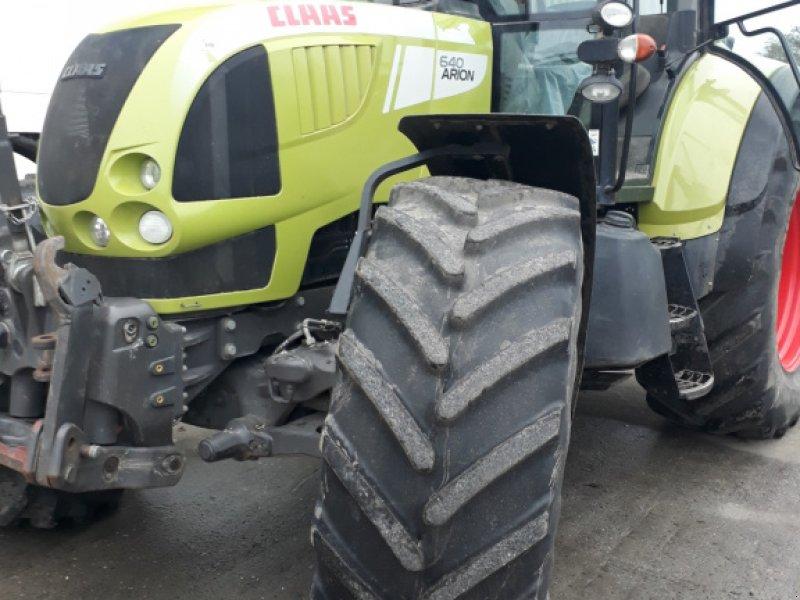 Traktor des Typs CLAAS Arion 640 CEBIS, Gebrauchtmaschine in Fehmarn (Bild 1)
