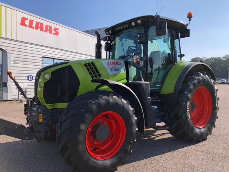 Traktor типа CLAAS arion 640 cmatic, Gebrauchtmaschine в CHEMINOT (57 - MOSELLE) (Фотография 1)