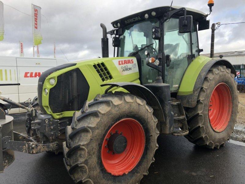 Traktor типа CLAAS arion 640 t4i, Gebrauchtmaschine в PLOUIGNEAU (Фотография 1)