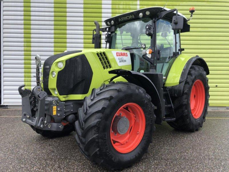 Traktor типа CLAAS arion 640 t4i, Gebrauchtmaschine в AILLAS (33 - GIRONDE) (Фотография 1)