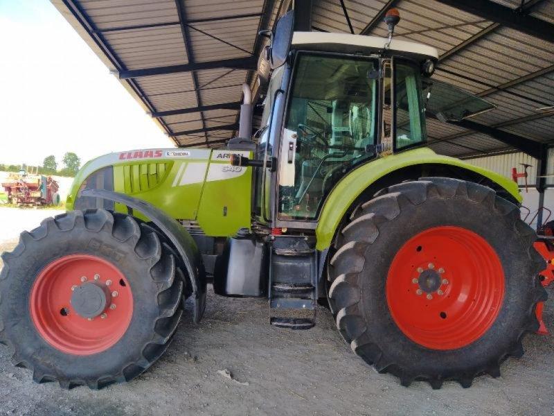 Traktor типа CLAAS ARION 640, Gebrauchtmaschine в Chauvoncourt (Фотография 1)
