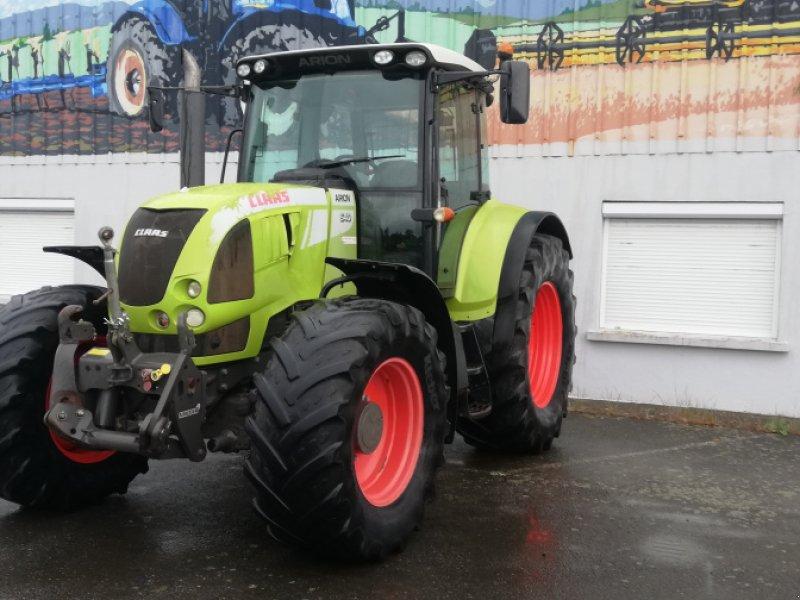 Traktor типа CLAAS ARION 640, Gebrauchtmaschine в TREMEUR (Фотография 1)