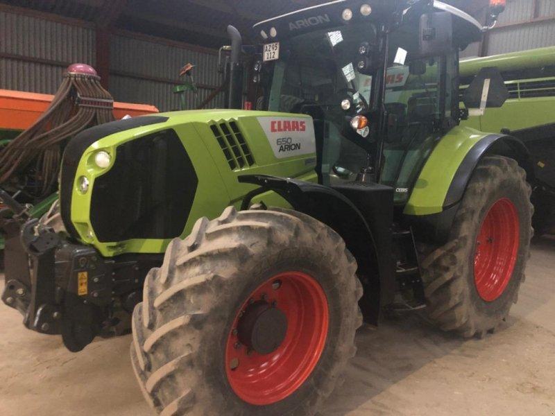 Traktor del tipo CLAAS ARION 650 CEBIS, Gebrauchtmaschine en Hinnerup (Imagen 1)
