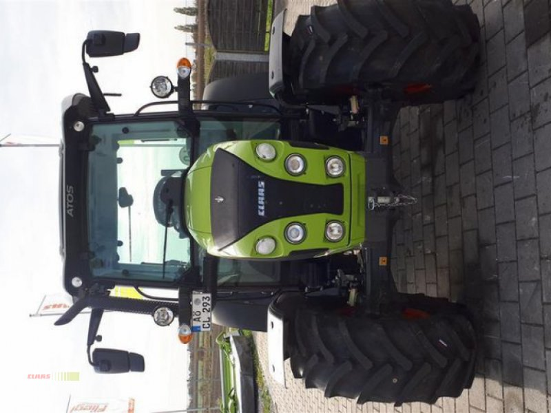 Traktor des Typs CLAAS ATOS 220 MR C, Vorführmaschine in Töging am Inn (Bild 2)