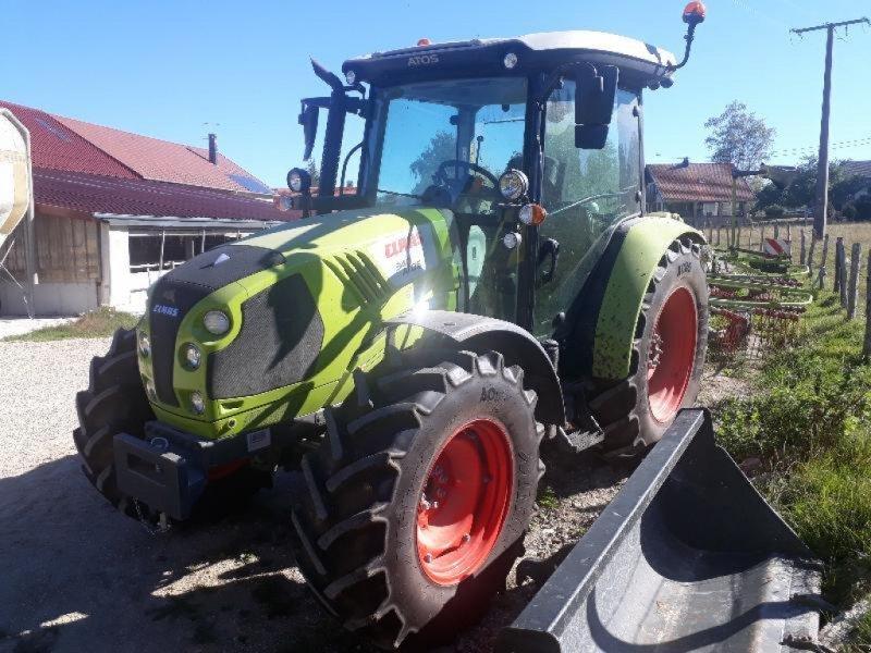 Traktor des Typs CLAAS ATOS 340 MR, Gebrauchtmaschine in VESOUL (Bild 1)
