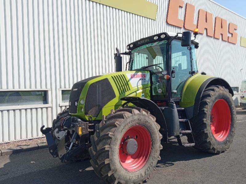 Traktor типа CLAAS AXION 810 CEBIS, Gebrauchtmaschine в NEUVILLE EN POITOU (Фотография 1)