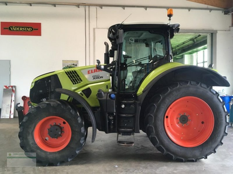 Фотография CLAAS Axion 810 CIS