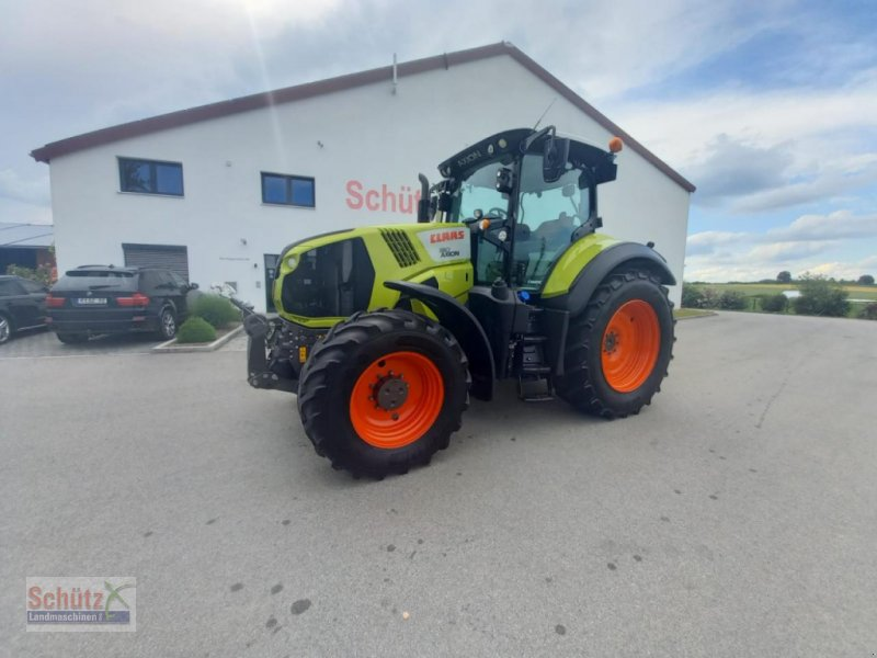 Traktor типа CLAAS Axion 810 CMatic, Bj. 2016, 4807 Bh,, Gebrauchtmaschine в Schierling (Фотография 1)