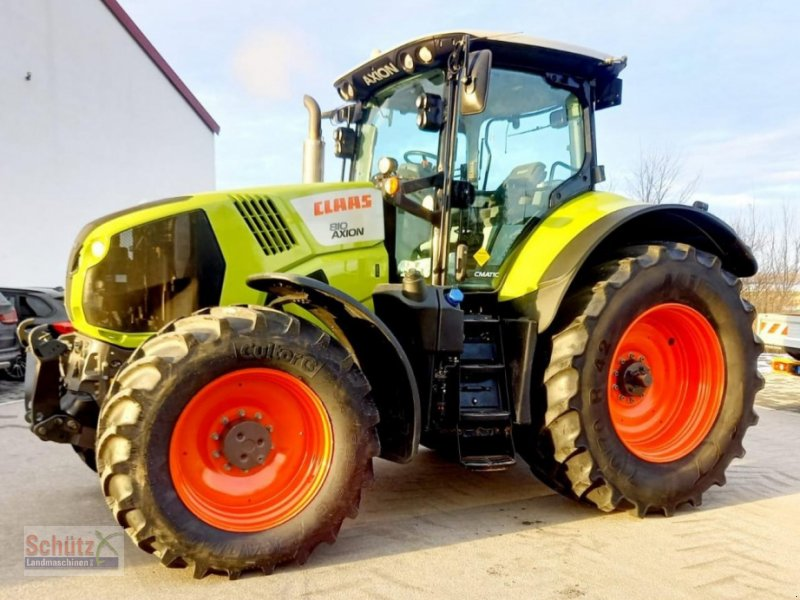Traktor типа CLAAS Axion 810 Cmatic, Bj. 2016, neues Vorderachsmodell, Gebrauchtmaschine в Schierling (Фотография 1)
