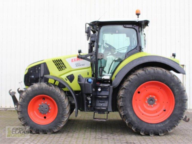 Traktor des Typs CLAAS AXION 810 CMATIC, Gebrauchtmaschine in Hockenheim (Bild 1)