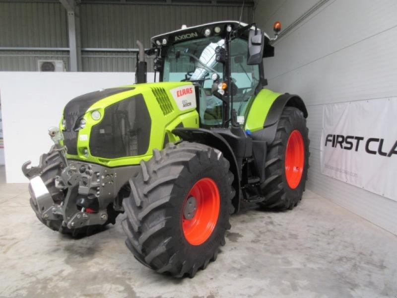 Traktor des Typs CLAAS AXION 810 CMATIC, Gebrauchtmaschine in Molbergen (Bild 1)