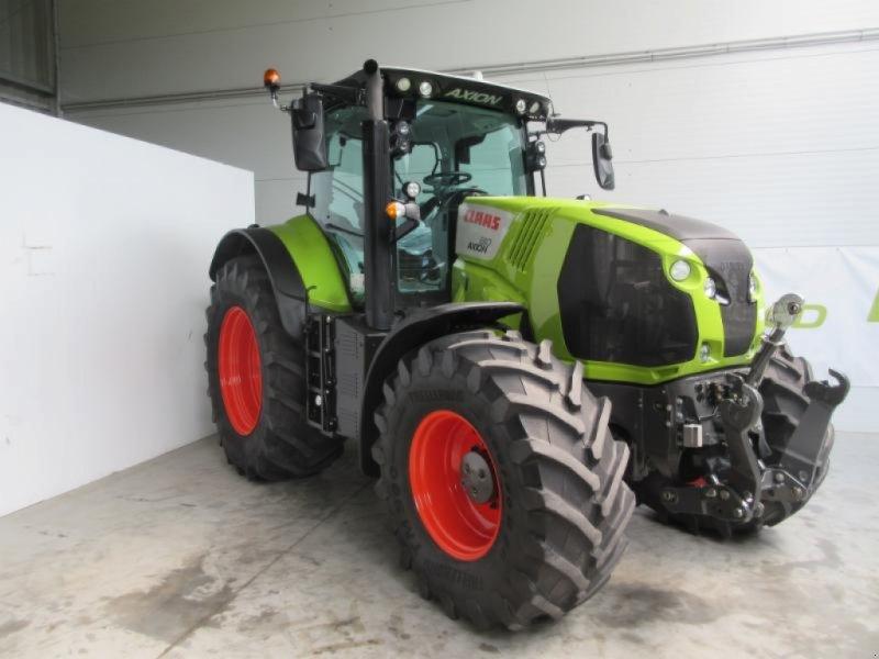Traktor des Typs CLAAS AXION 810 CMATIC, Gebrauchtmaschine in Molbergen (Bild 3)