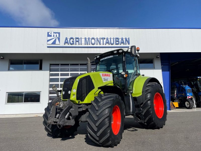 Traktor of the type CLAAS AXION 810, Gebrauchtmaschine in Montauban (Picture 1)