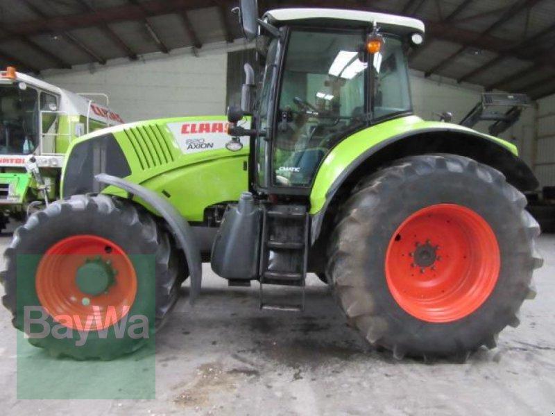 Traktor des Typs CLAAS AXION 820 CMATIC, Gebrauchtmaschine in Erbach (Bild 1)