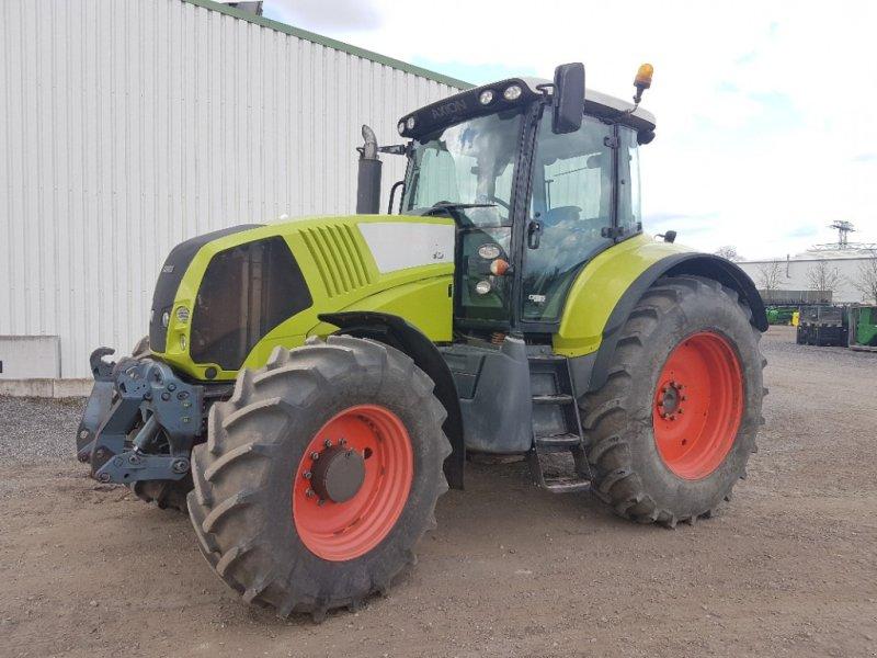 Traktor typu CLAAS Axion 820, Gebrauchtmaschine v Neubrandenburg (Obrázok 1)
