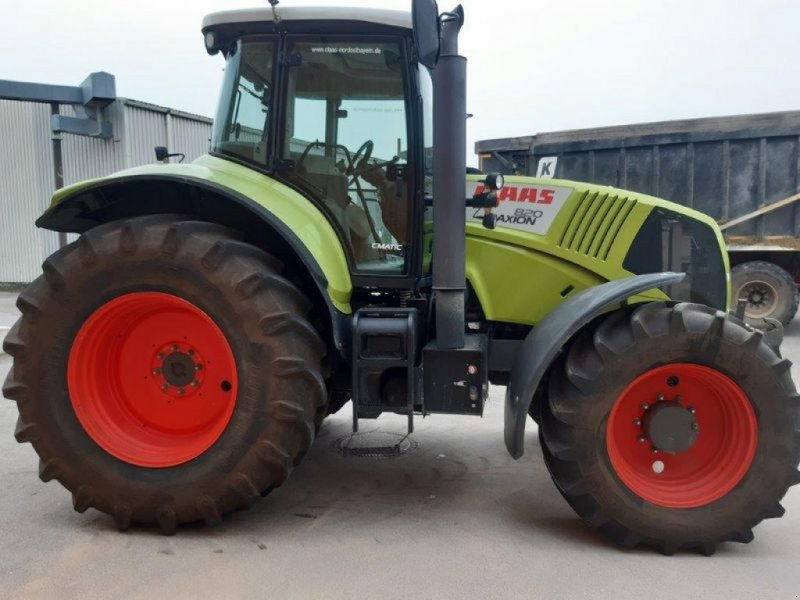Traktor типа CLAAS AXION 820, Gebrauchtmaschine в Freystadt (Фотография 1)
