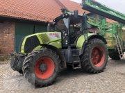 CLAAS Axion 820 Traktor