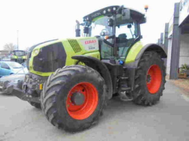 Traktor типа CLAAS axion 830 cmatic, Gebrauchtmaschine в BEAUVAIS (Фотография 1)