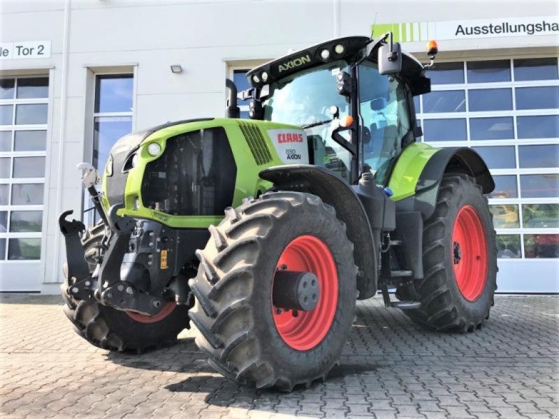 Traktor des Typs CLAAS AXION 830 CMATIC, Gebrauchtmaschine in Landsberg (Bild 1)