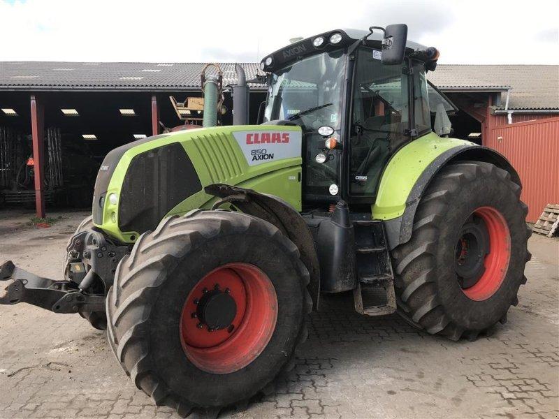 Traktor del tipo CLAAS Axion 850 med frontlift, Gebrauchtmaschine en Egtved (Imagen 1)