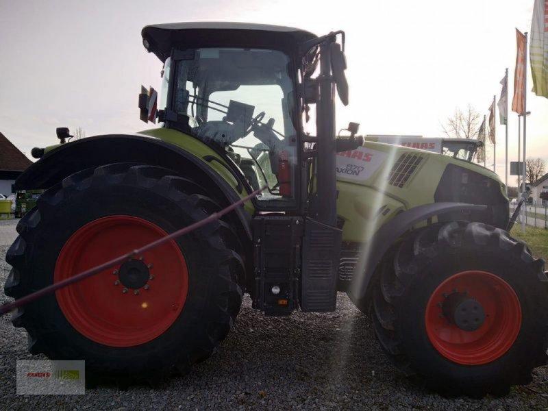 Traktor des Typs CLAAS AXION 870 CMATIC CEBIS, Vorführmaschine in Mengkofen (Bild 4)