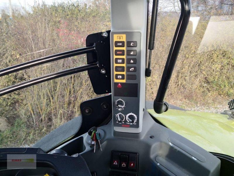 Traktor des Typs CLAAS AXION 870 CMATIC CEBIS, Vorführmaschine in Mengkofen (Bild 6)