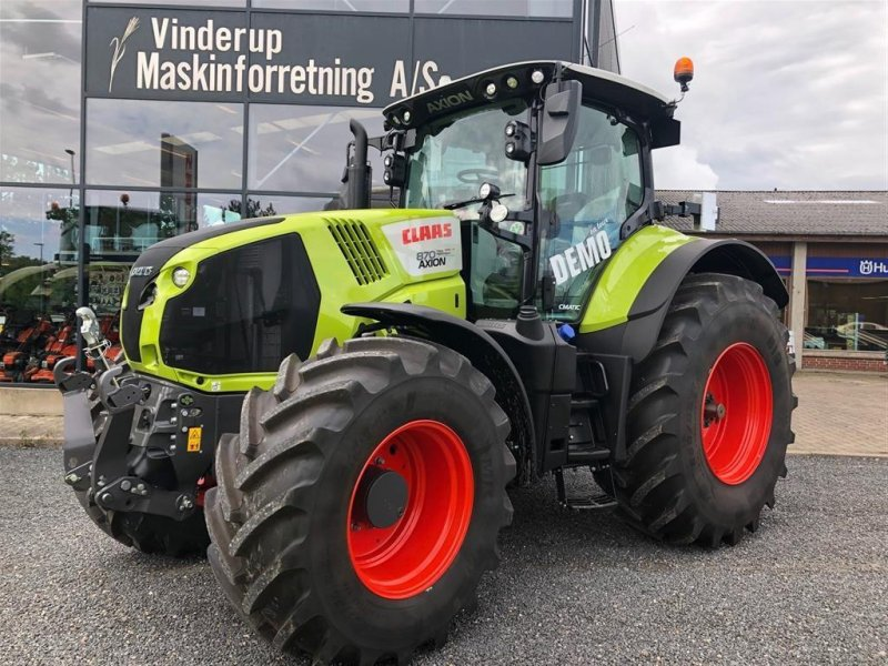 Traktor типа CLAAS AXION 870 CMATIC DEMO, Gebrauchtmaschine в Vinderup (Фотография 1)