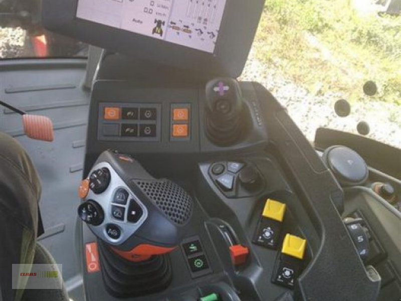 Traktor des Typs CLAAS AXION 870 CMATIC, Gebrauchtmaschine in Mengkofen (Bild 13)