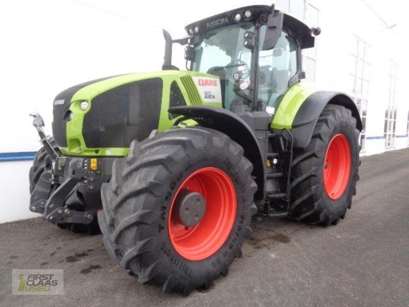 Traktor des Typs CLAAS AXION 920 Stage IV MR, Gebrauchtmaschine in Langenau (Bild 1)