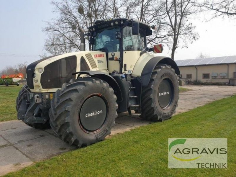 Traktor des Typs CLAAS AXION 950 CMATIC, Gebrauchtmaschine in Calbe / Saale (Bild 1)