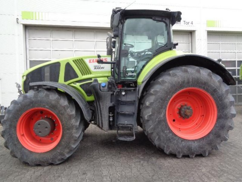 Traktor tip CLAAS AXION 950 CMATIC, Gebrauchtmaschine in Afumati (Poză 1)