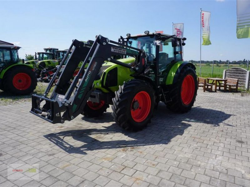 Traktor des Typs CLAAS AXOS 340 CX, Gebrauchtmaschine in Töging am Inn (Bild 4)