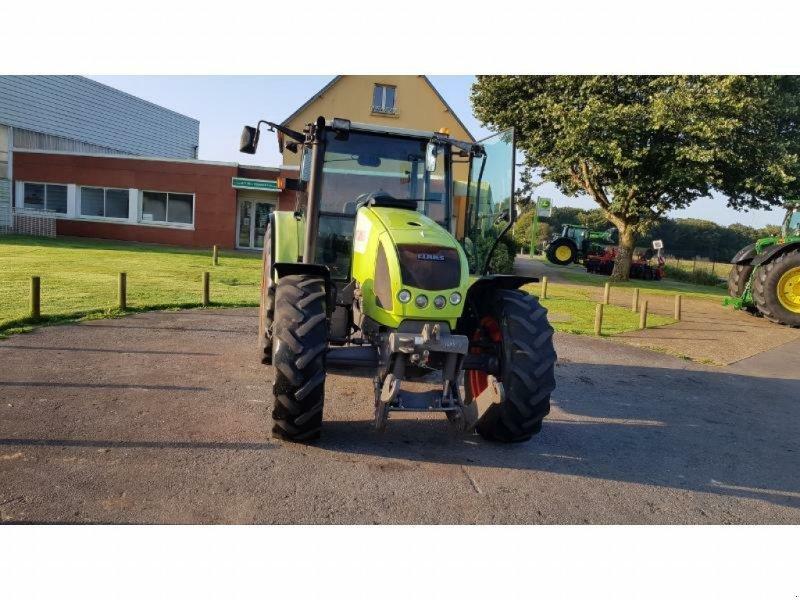 Traktor des Typs CLAAS CELTIS456RX, Gebrauchtmaschine in Pencran (Bild 1)