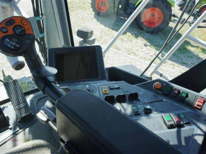 Traktor типа CLAAS XERION 3300 SADDLE TRAC, Gebrauchtmaschine в Moos / Langenisarhof (Фотография 10)