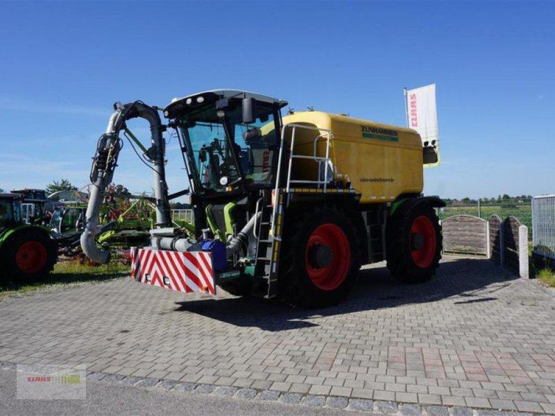 Traktor типа CLAAS XERION 3300 SADDLE TRAC, Gebrauchtmaschine в Moos / Langenisarhof (Фотография 3)