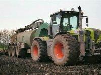 CLAAS XERION 3300 Xerion 3300 + Samson PG 25 Traktor